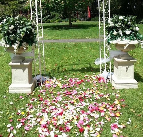 Floral Urns For Weddings: Wedding Tripods-Flower Urn-Pedestals-wedding Hire Melbourne