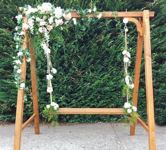 flowers swing hire