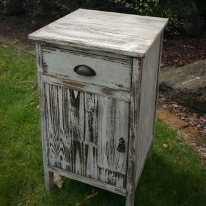 rustic wedding pedestal