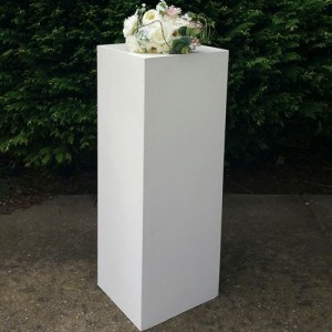 White wedding pedestals