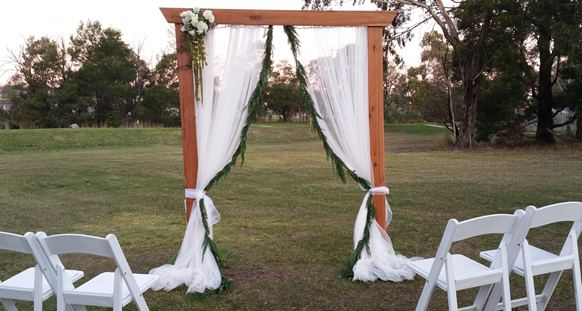 wedding idea for Timber Wedding arbour