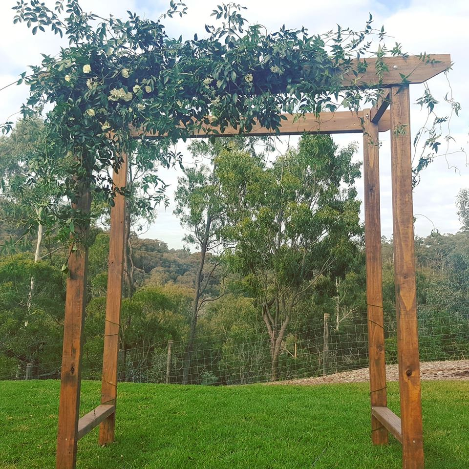 Wedding Arch Flowers Diy: Wedding Arch Hire -Backdrops-Arbours Weddings Melbourne